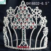 Hermoso adorno de princesa y copo de nieve Corona de árbol de Navidad