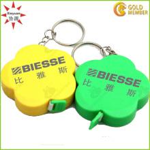 Kundenspezifische Blumenform-Plastiklineal-Schlüsselringe