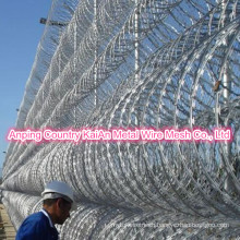 Bouquet Barbed Wire / Razor Barbed Wire /Galvanized Razor Wire / PVC coated razor wire / barbed wire ---- 30 years factory