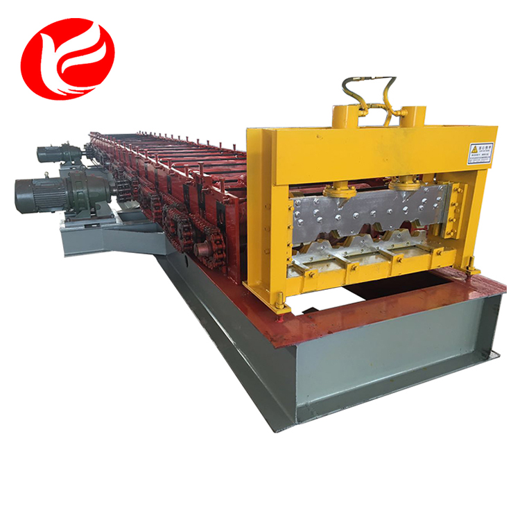 The floor deck panel roll forming machine