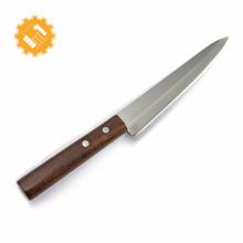 Cuchillo para sushi japonés cuchillo para cortar pescado con mango de madera.