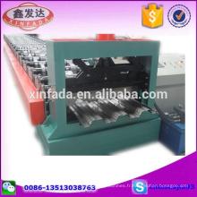 720 Carénage automatique de plancher Machine de laminage de feuilles de toiture Machine d'impression en acier couleur