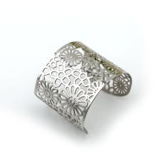 Girl's bracelet bangle simple design
