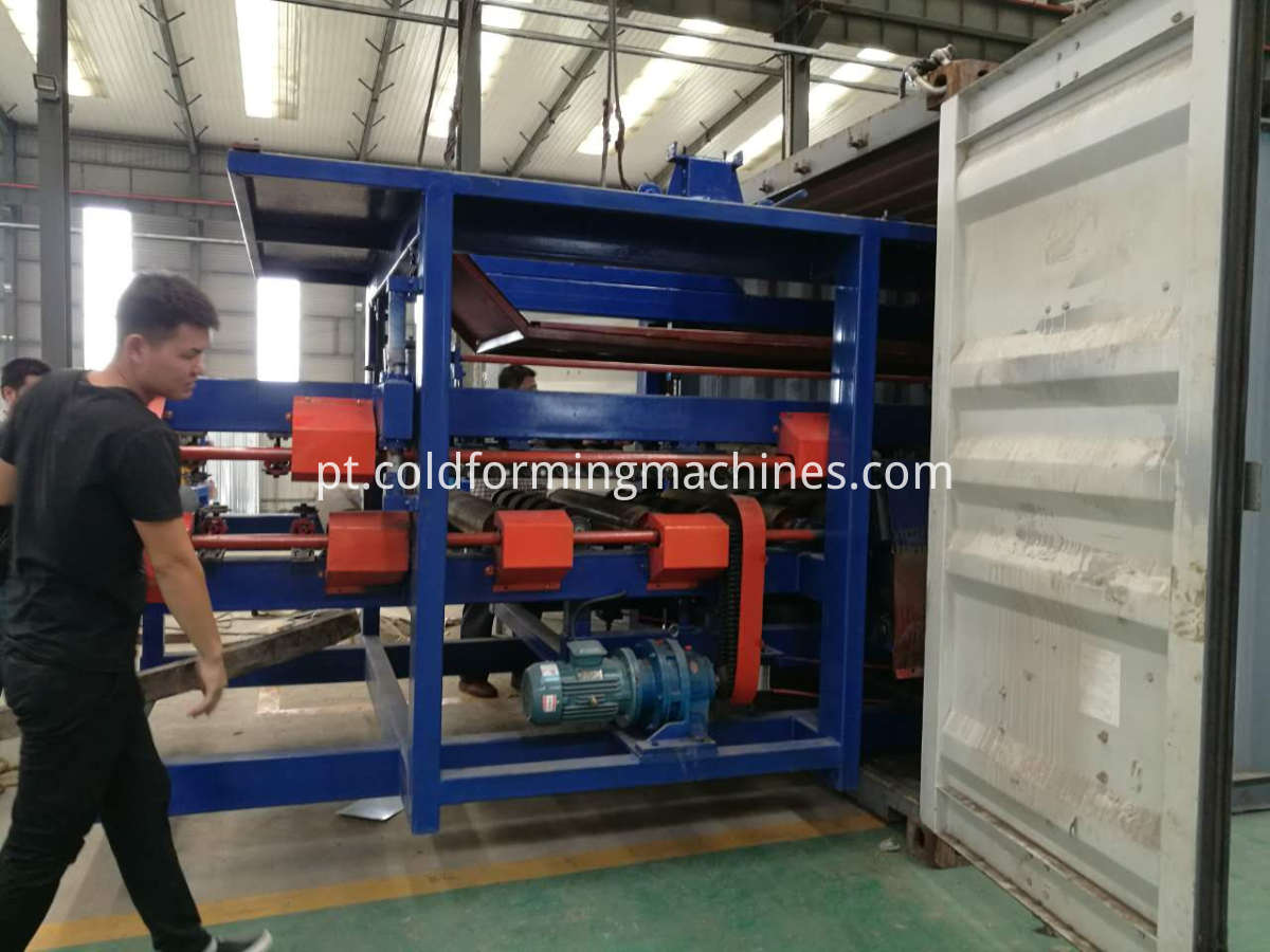 Loading Sandwich panel machine