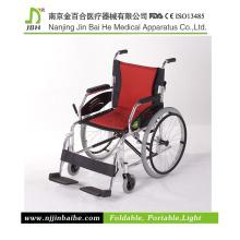 Tamanho padrão de peso leve dobrável Cadeira de rodas manual