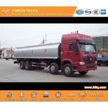 SINOTRUK 8X4 30000L cleaning truck