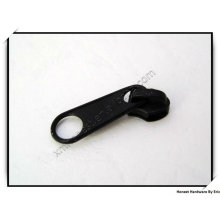 Nylon zipper pull