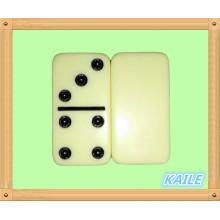 Double 6 domino noir haute lumière dans une boîte en cuir