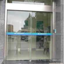 Design Flexível e Simples Movimentação automática da porta deslizante
