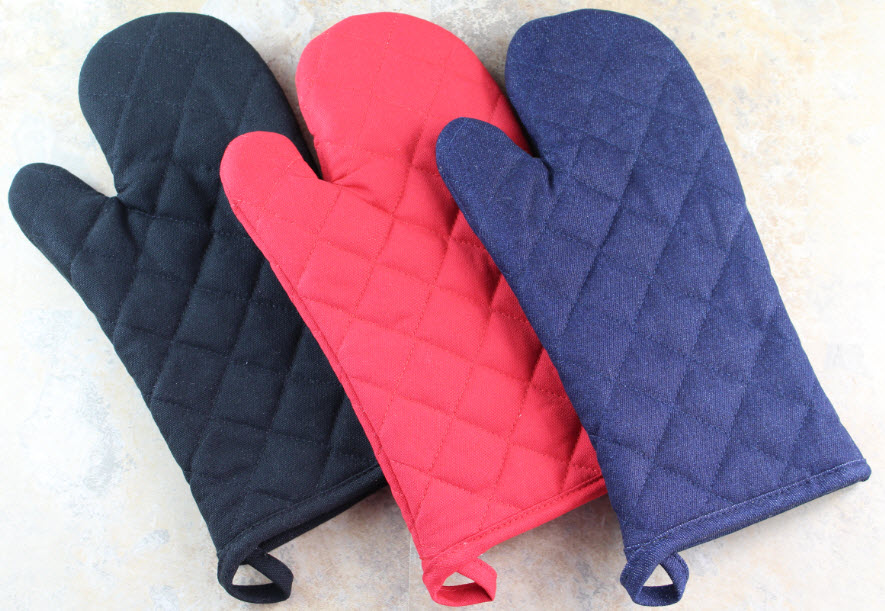 Saybrook-Oven-Mitts-black-Red-and-Denim-Blue