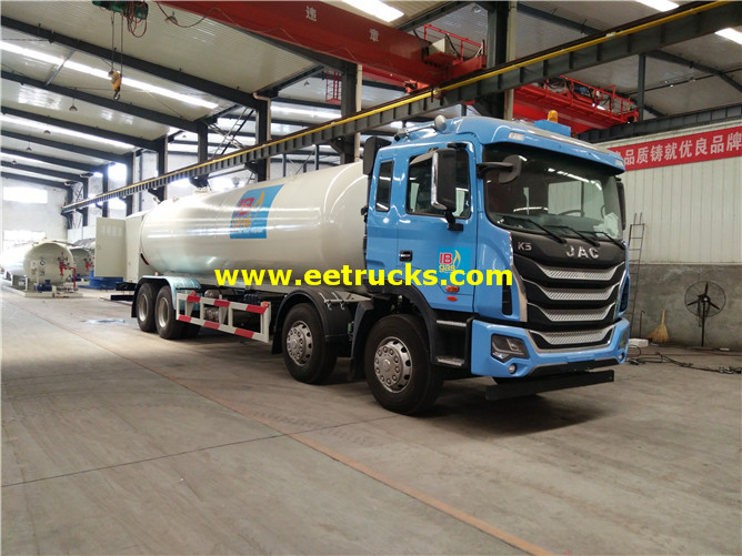 LPG Delivery Tank Vehicle
