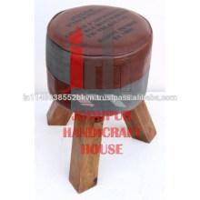 Toile industrielle / coussin en cuir avec sabots en bois Tabouret