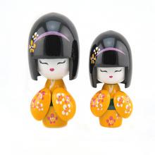 nueva muñeca japonesa de madera de la hermana del diseño para el regalo de cumpleaños