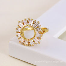 14k Gold-Plated Flower Shape Copper Ring with Zircon