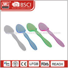 Nuevo producto disponible oro cuchara de plástico