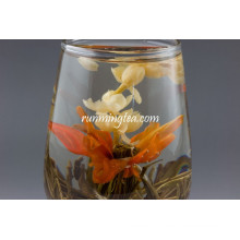 Chine, le jasmin et Lily Flower Tea, Qiu Shui Yi Ren / Lily's Lady