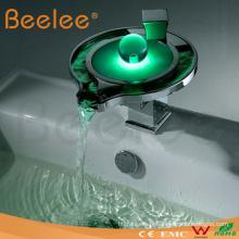 Nouveau robinet de salle de bains moderne de Waterfal LED de conception (LS03B)