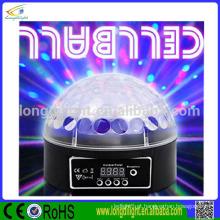 Esfera mágica do Natal 6 * 3W RGB conduziu a esfera do espelho da luz do disco