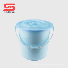 Cubo plástico del agua del hogar del estilo europeo de alta calidad con la tapa