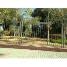 Panneau de clôture jardin tubulaire en acier