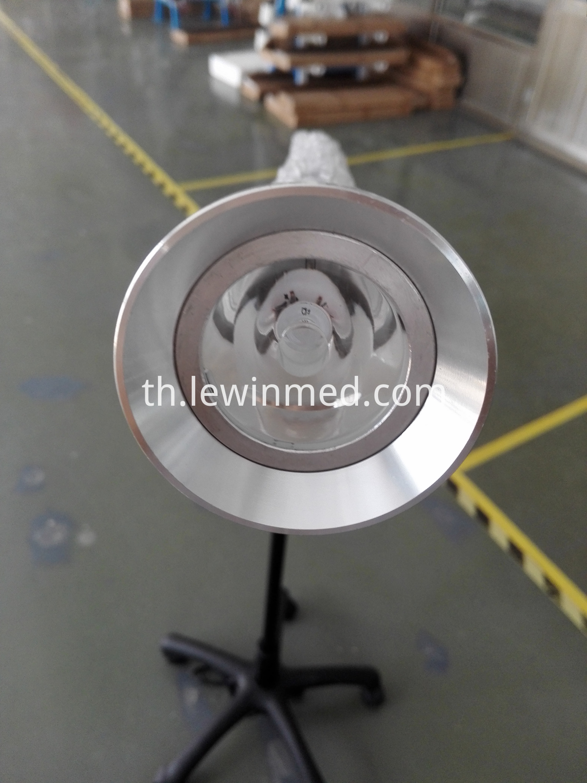 Small lamp head examination light