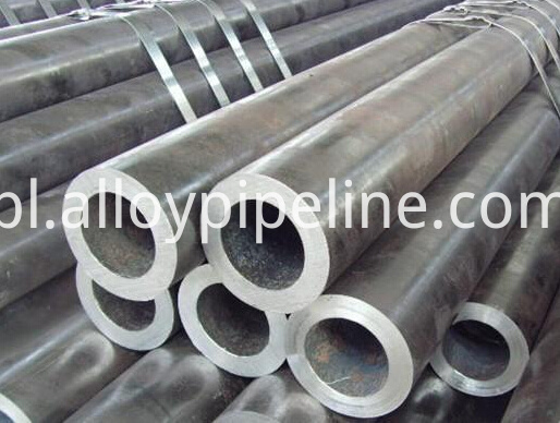 ASTM A335 Gr P5 Alloy Steel Seamless Pipe
