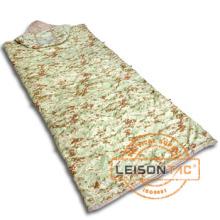 Sac de couchage militaire adopte de polyester ou de nylon pour couche et remplissage général est en polyester