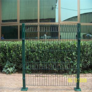 High quality galvanized wire mesh 3D curved fence panel garden