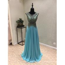 robe de soirée en mousseline bleue avec perles