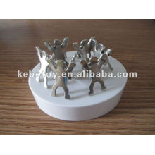 2012 новый популярный подарок магнитный человек клип скульптура офис подарок