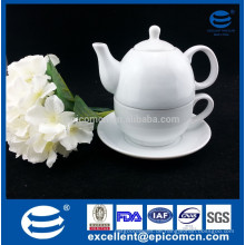 Weißer keramischer Teesatz für einen, feines Porzellan-Anmutteeware