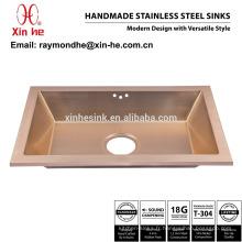 Lavabo en laiton de salle de bains plaqué par or en cuivre de PVD, évier de toilette fait main commercial d'acier inoxydable