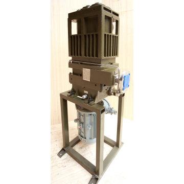 Pompe à vide à vis sèche à section verticale 70L