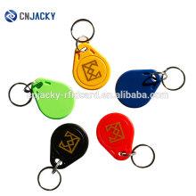 Una gran cantidad de colores 125khz EM4100, TK4100 Tarjeta de identificación Token Tags Keyfobs Chain