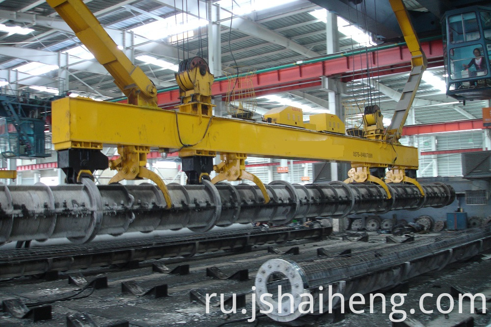 Auto Gripper Of Crane For Spun Pile Mold