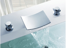 真鍮 3 PC ダブル ハンドル浴室洗面蛇口