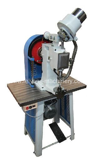 Heavy duty single head auto eyelet machine