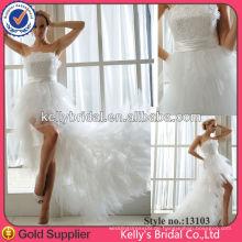Reizvolles vorderes kurzes und langes rückseitiges Hochzeitskleid langes Zughochzeitskleid