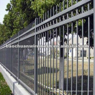 Palisade spraying Ornamental temporary garden Fence panels with reasonable price in store(manufacturer)