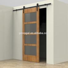Porta de celeiro interior em madeira maciça