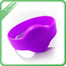 Waterproof RFID Silicone Wristbands for Swimming Pool (HN-SB-0017)
