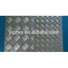 3003 3105 3004 Plaque de damier en aluminium de 1 mm utilisée dans les ustensiles de cuisine