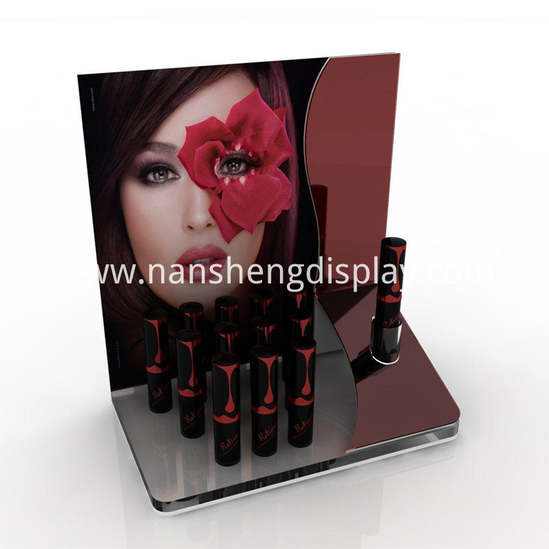 Storage of Lipstick