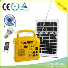 Shenzhen JCN nova energia da tecnologia 10W Home Solar Power System com FM para venda