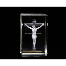 3D Jesus in Cross in Crystal Cube for Christian Souvenir Gift (R3011)