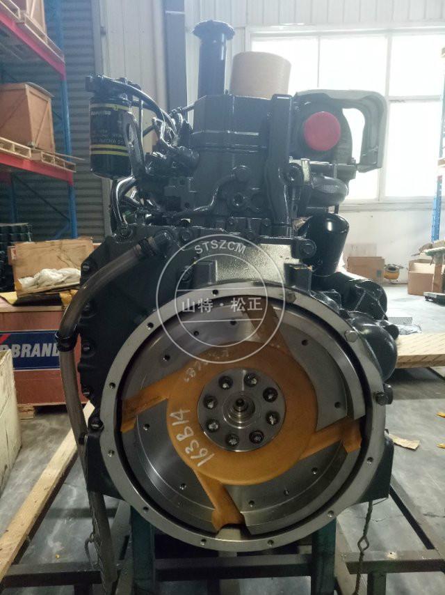 Komatsu engine pc200-8mo