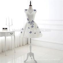 Neuer kurzer eleganter V-Ausschnitt stickte Schmetterlings-Heimkehr-Brautjunfer-Abnutzungs-Kleidung-Hochzeits-Kleid-Abend-Kleid Guangzhou