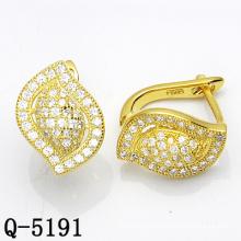 Forma de folha moda jóias de prata dois tons brinco studs (q-5159)