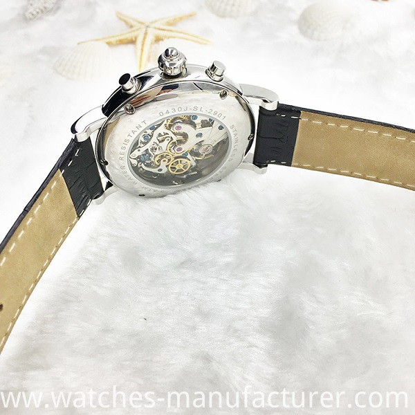 Mechanical watch with mineral galss