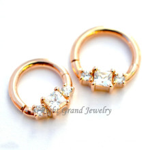 2015 mais novo ouro chapeado cúbicos Zircon Fake septo anel